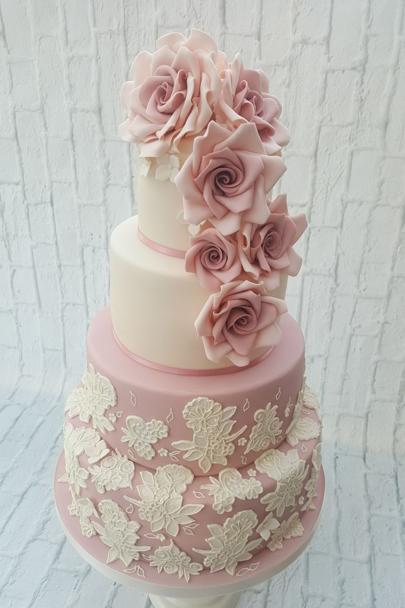 Cake Decorating Course Worcester : October Monthly Mingle - All Things Wedding! Wedding ...