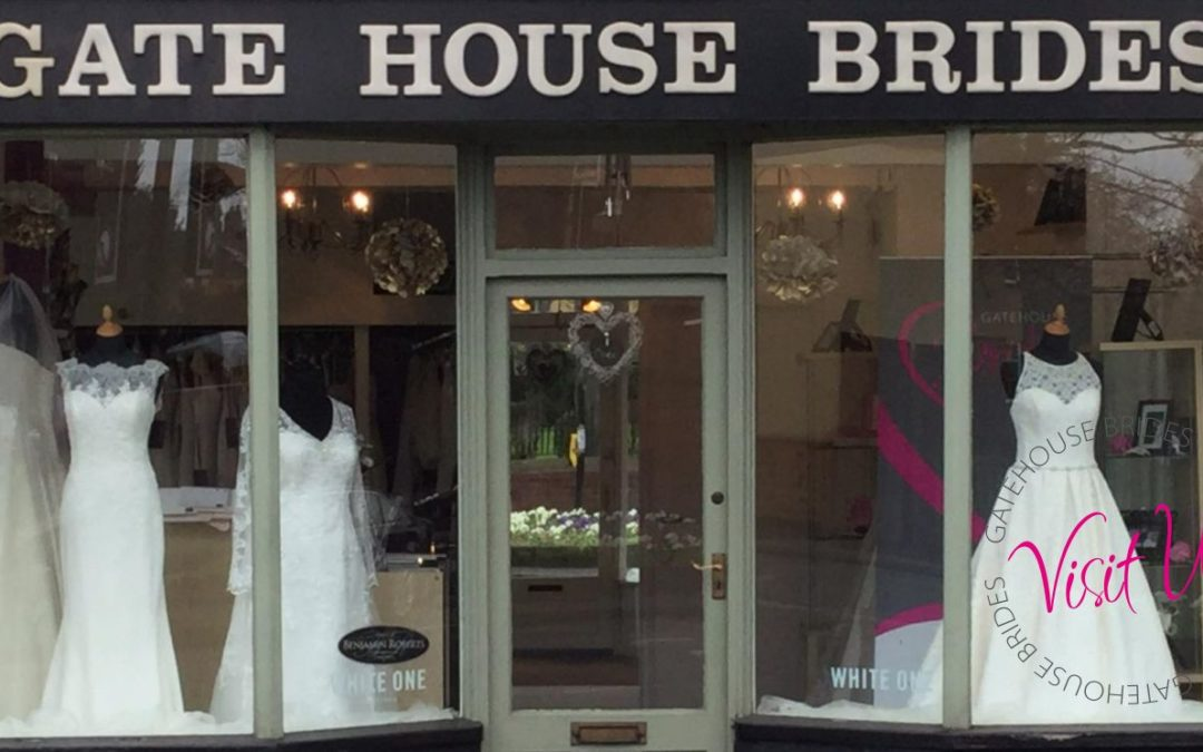 Wedding Dress Shopping – Why You Should Buy Locally