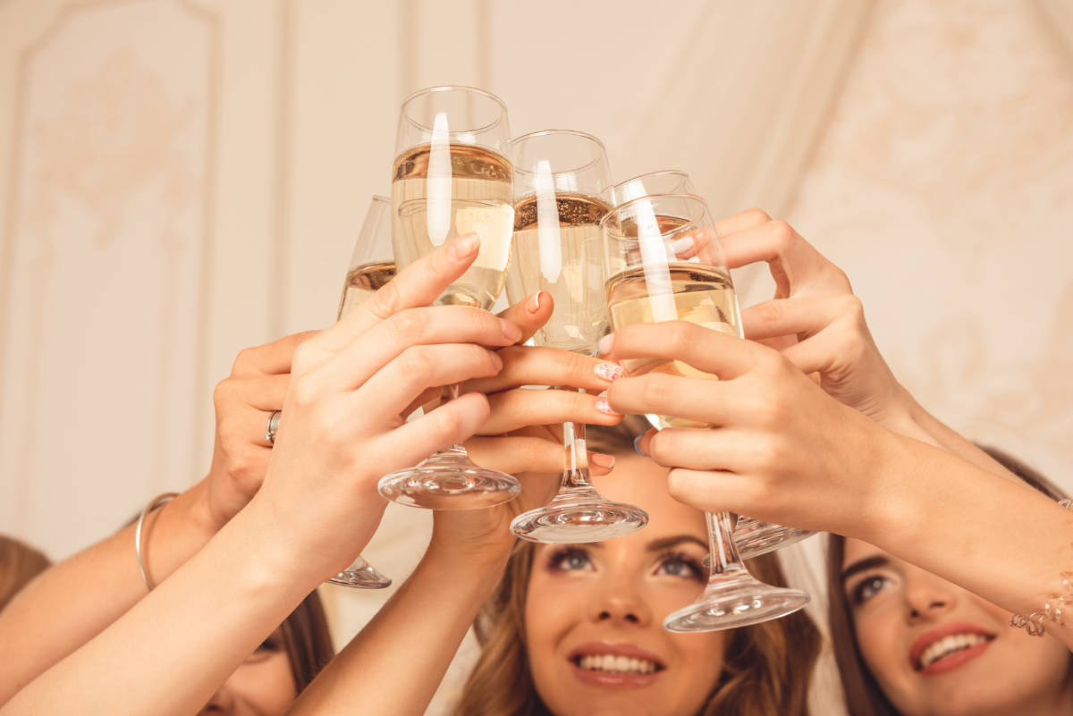 wedding-ball-gatehouse-brides