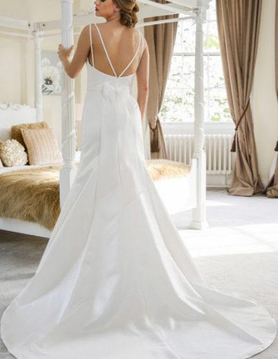 Gatehouse Brides Wedding Dresses Worcester Catherin Parry Gwen back