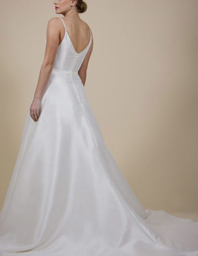 Gatehouse Brides Wedding Dresses Worcester Catherin Parry Tania back