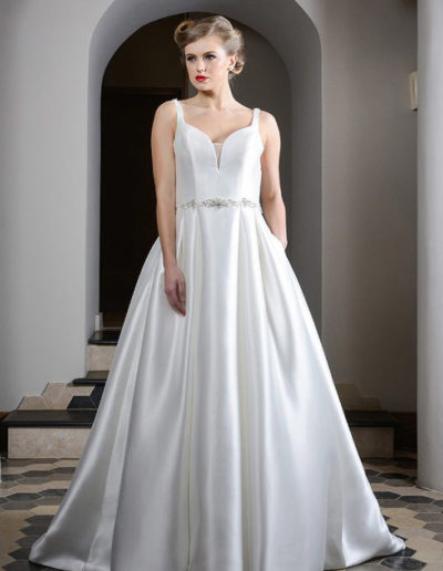 Gatehouse Brides Wedding Dresses Worcester Catherin Parry Ursula