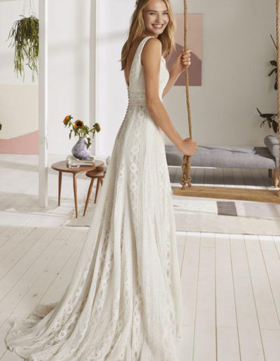Gatehouse Brides Wedding Dresses Worcester White One OPORTO-C-PV19_748_888